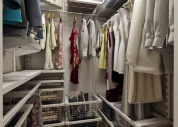 Малогабаритная гардеробная комната