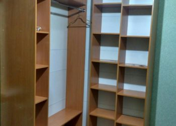 Угловой шкаф-гардеробная в прихожую